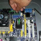نصب ویندوز و تعمیر کامپیوتر در محل